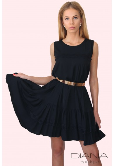 Ефирна черна рокля Chloè - A-симетрична рокля декорирана с дантела